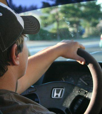 driving-22959_1920