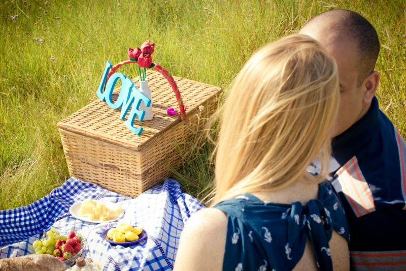 Resultado de imagem para casal romantico fazenda