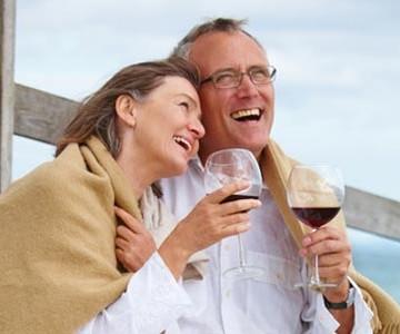 couple_wine