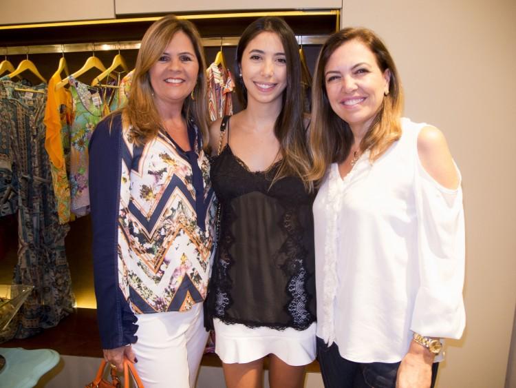Karla Leal, Marina e Fernanda Coser